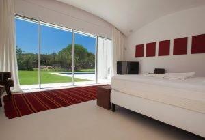 Bedroom with a Hi-Finity Door